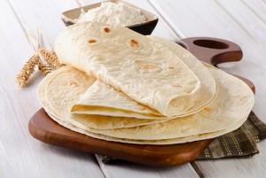طريقة عمل خبز التورتيلا الاسباني بالطريقة العربية