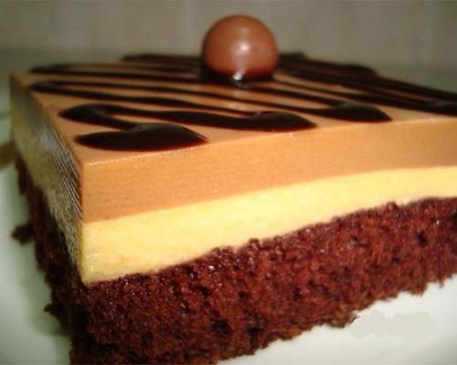 طبقات موس الشوكولاتة بدون بيض