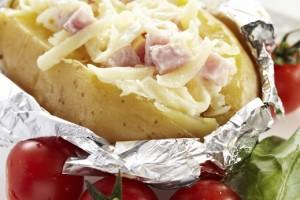 بطاطا مشوية بالجبنة