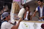 بالفيديو : حركات بائع البوظة في تركيا