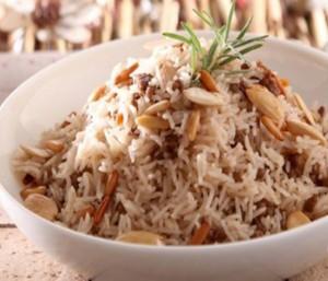 برياني دجاج على الطريقة اللبنانية لذيذ وسهل Lebanese-biryani-rice-recipe.640x480-e1477476194742-300x257